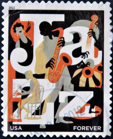 philatelist: UNITED STATES OF AMERICA - CIRCA 2011: Eine Briefmarke Gedruckt in den USA gewidmet ist Jazz, circa 2011