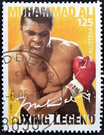 philatelist: �STERREICH - CIRCA 2006: Eine Briefmarke in �sterreich gedruckt zeigt Muhammad Ali, um 2006