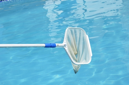 skimming: picker of the pool surface
