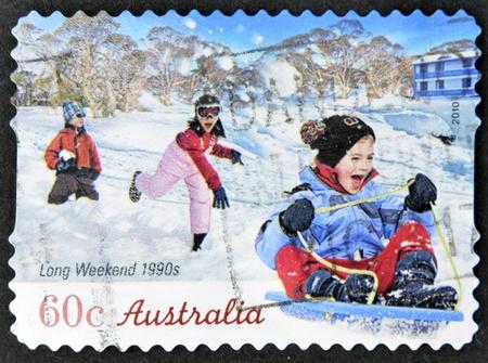 long weekend: AUSTRALIA - CIRCA 2010: Un timbro stampato in Australia mostra 1990 week-end lunghi, intorno al 2010 Archivio Fotografico