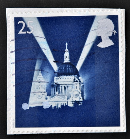 searchlights: UNITED KINGDOM - CIRCA 1995: A stamp printed in Great Britain shows St Pauls Cathedral and Searchlights, circa 1995