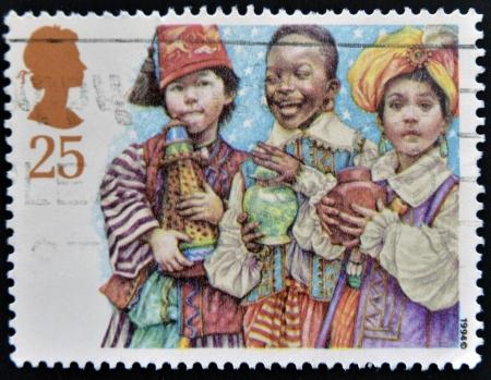 sello postal: Reino Unido - CIRCA 1994: Un sello impreso en el Reino Unido que muestra tres Bel�n Reyes, alrededor de 1994 Foto de archivo