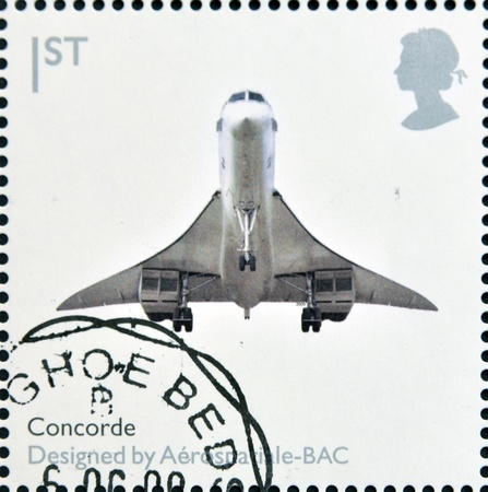 supersonic transport: UNITED KINGDOM - CIRCA 2009  A stamp printed in Great Britain dedicates to Design Classics, shows Concorde by Aerospatiale-BAC, circa 2009