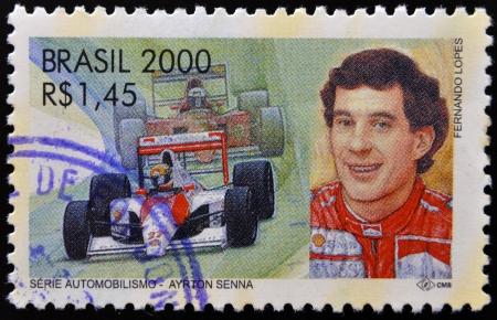 philatelist: BRASILIEN - CIRCA 2000: Ein Stempel in Brasilien gedruckt gewidmet Motors zeigt Ayrton Senna, circa 2000 Editorial