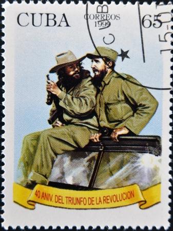 CUBA - CIRCA 1999: A stamp printed in Cuba shows Image of Fidel Castro and Che Guevara, circa 1999 報道画像