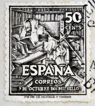 don quichotte: ESPAGNE - CIRCA 1947: Un timbre imprim� en Espagne montre Don Quichotte, vers 1947