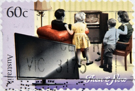 dann: AUSTRALIEN - CIRCA 2012: Ein Stempel in Australien gedruckt gewidmet Technology - Then and Now, circa 2012 Editorial