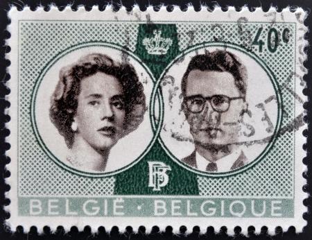 baudouin: BELGIUM - CIRCA 1960: A stamp printed in Belgium shows Royal wedding between Baudouin and Fabiola, circa 1960 Editorial