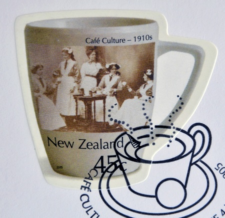 NEW ZEALAND - CIRCA 2005: Stamp printed in New Zealand dedicated to Cafe Culture, 1910s, circa 2005 Stock Photo - 18045670