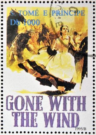 tomo: SAO TOME E PRINCIPE - CIRCA 1995: Un timbro stampato in Sao Tome mostra poster del film Via col vento, circa 1995 Editoriali