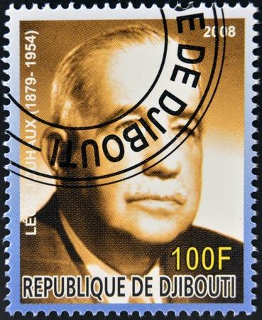 cara leon: DJIBOUTI - alrededor de 2008: Sello impreso en Djibouti dedicado a los premios Nobel de la Paz francesa muestra Leon Jouhaux, circa 2008