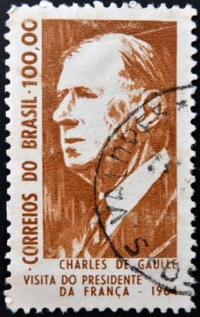 charles de gaulle: BRAZIL - CIRCA 1964: A stamp printed in Brazil shows Charles de Gaulle, President of France, circa 1964  Editorial