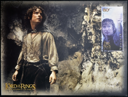 NEW ZEALAND - CIRCA 2003: A stamp printed in New Zealand dedicated to The Lord of the Rings shows Frodo, circa 2003  新聞圖片