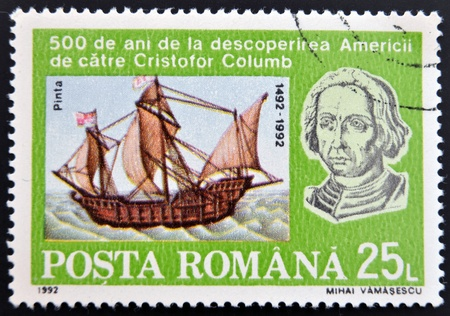 pinta: ROMANIA - CIRCA 1992: A stamp printed in Romania shows Bust of Columbus and ship La Pinta, 500th Anniversary of Discovery of America by Columbus, circa 1992  Editorial