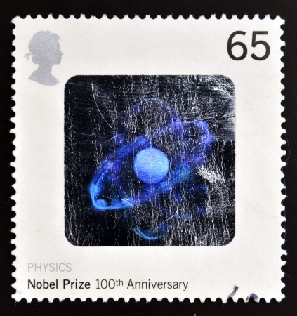 boro: REINO UNIDO - CIRCA 2001: un sello impreso en Gran Breta�a muestra la imagen del holograma de la mol�cula Boron conmemora el 100 � aniversario del Premio Nobel de F�sica, alrededor del a�o 2001 Editorial