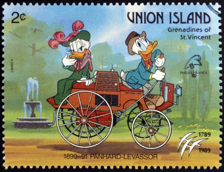 grenadines: ST. VINCENT GRENADINES - UNION ISLAND - CIRCA 1989: A stamp printed in St. Vincent shows Donald Duck and Daisy Duck, 1890-1891 Panhard-Levassor, circa 1989