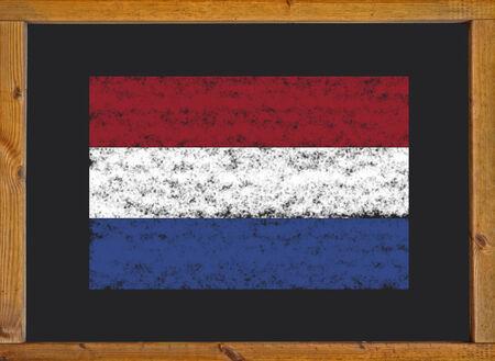 drapeau hollande: Drapeau Hollande sur un tableau noir
