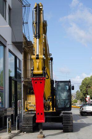 Burmarrad, Malta, 15 december 2018 - compact hydraulic excavator 報道画像