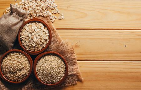 Alimentos integrales, quinua, avena y arroz