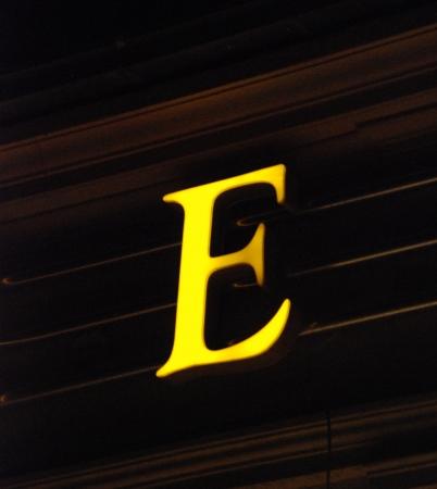 yellow neot letter e