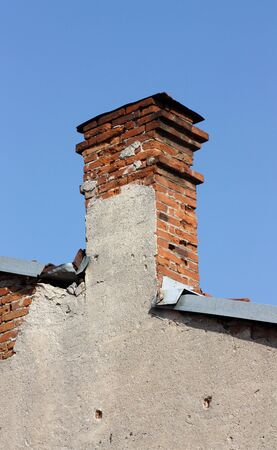 dilapidation: old ruined chimney
