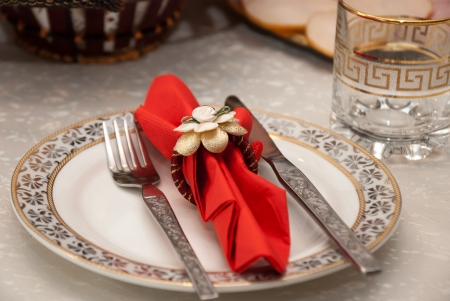 dinner plate decorated Stock Photo - 16668944