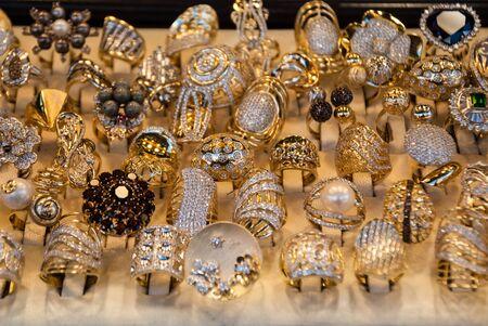 14k: Gold Jewelry