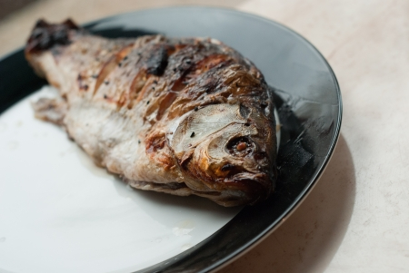 Grilled fish Stock Photo - 17687031