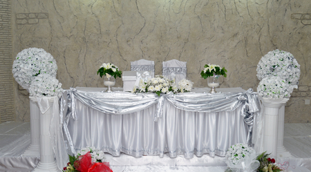 bride and groom table photo