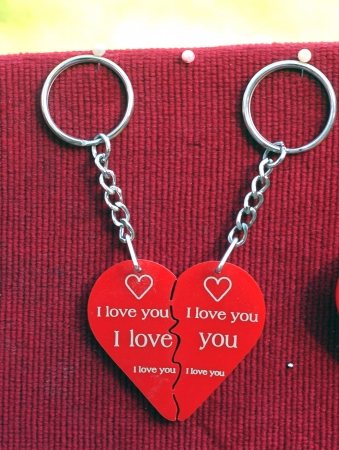 broken heart     key holder                               photo
