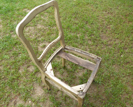 wornout: Retro Old worn-out chair
