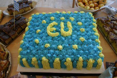 identidad cultural: Imagen de un pastel de cumplea�os de la UE Foto de archivo