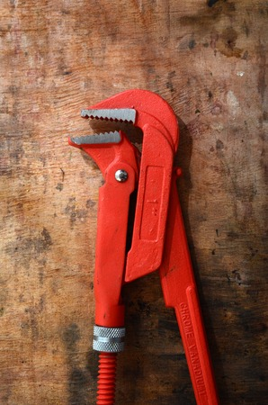 flatnose: picture of a New orange pliers