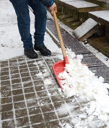 floo: cleaning the snow