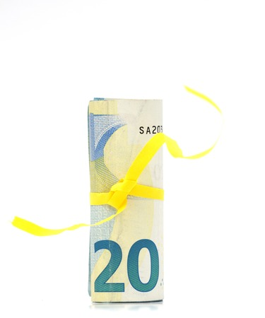 papery: Euro banknotes and euro coins