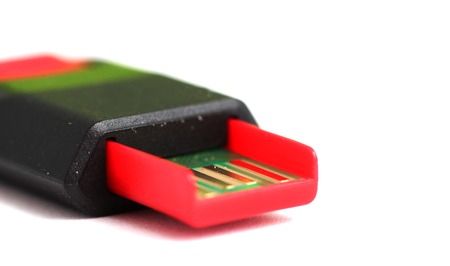 picture of a Red balck USB memory stick