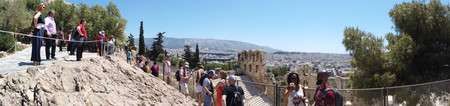 Athens, Greece - May 5, 2019: Panoramic image view of a greek landmark on the Acropolis of Athens, Greece. Фото со стока - 122862684