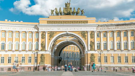 The General Staff building timelapse - a historic building, is located on the Palace Square in St. Petersburg. Construction of the building lasted from 1819 to 1829. 에디토리얼
