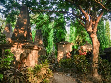Visitors can walk the many paths between this atmospheric tree filled oasis of deceased famous military and political figures fromf the Raj and Victorian eras.