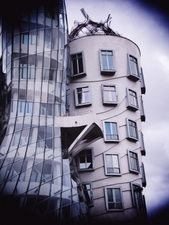 the dancing house: Casa Danzante, Praga