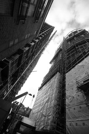 regeneration: LONDRA - 18 gennaio zona Old Street della citt� interna Londra il 18 gennaio 2013 a Londra, Regno Unito North London � attualmente in un grande progetto di riqualificazione Editoriali