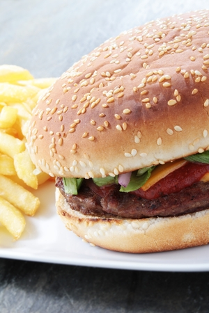 beefburger: burger in bun with fries
