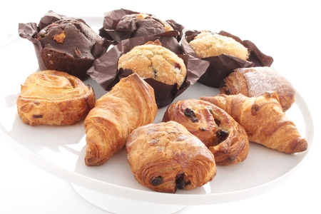 au: croissants pastries pain au chocolate