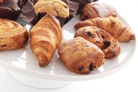 au: croissants pastries pain au chocolate