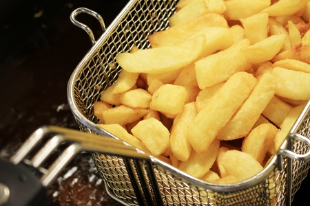 chippy: deep frying chipped potatoes
