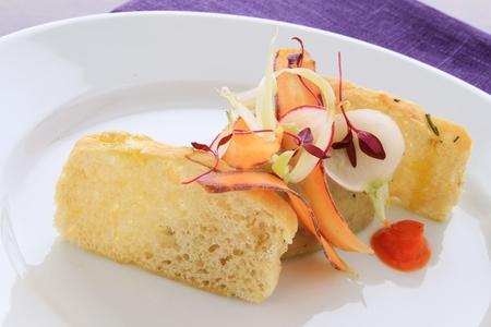 focaccia: focaccia bread appetizer