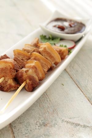 pinchos morunos: chino pinchos de cerdo aperitivo