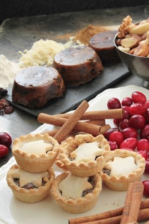 carne picada: pasteles de carne reci�n horneadas
