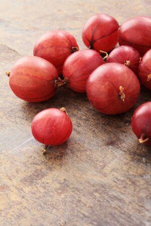 gooseberries: fresh gooseberries