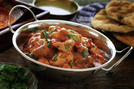 spicy chicken: chicken balti curry meal